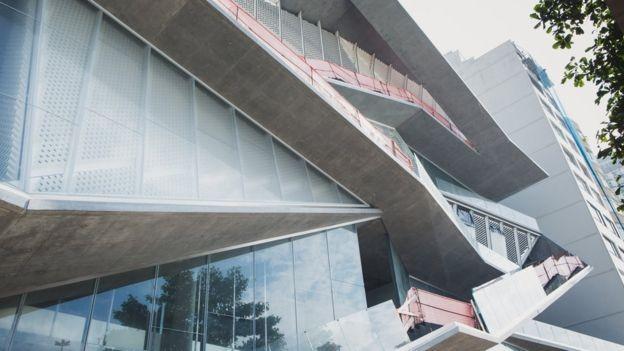 Fachada inacabada do MIS; obra começou em 2010 (Foto: Divulgação/MIS (BBC News Brasil))