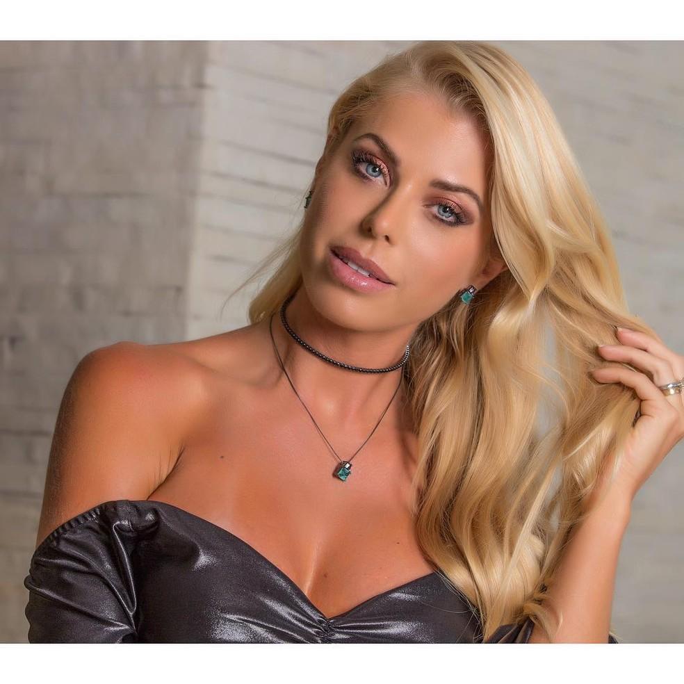 Modelo Caroline Bittencourt morreu depois de cair no mar em Ilhabela (SP) durante tempestade no domingo (28) — Foto: Reprodução/Instagram/CaBitten