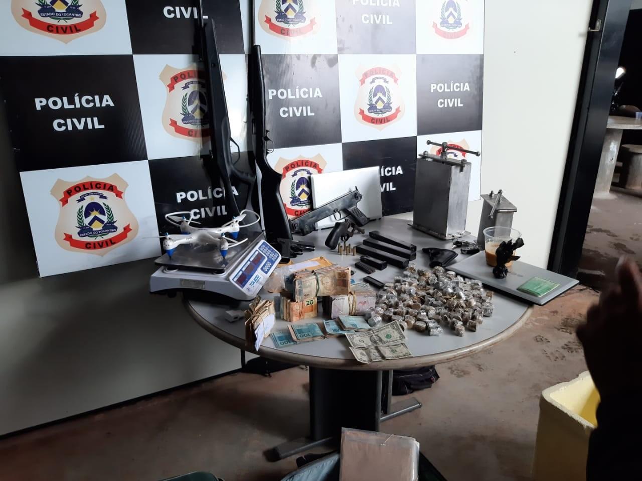 Suspeitos de integrar facção criminosa tinham arma exclusiva do exército e R$ 25 mil - Notícias - Plantão Diário