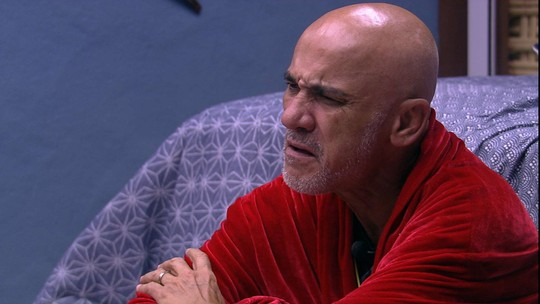 Ayrton para Gleici e Ana Clara: 'Eu não tive opinião nenhuma sobre a decisão de vocês'