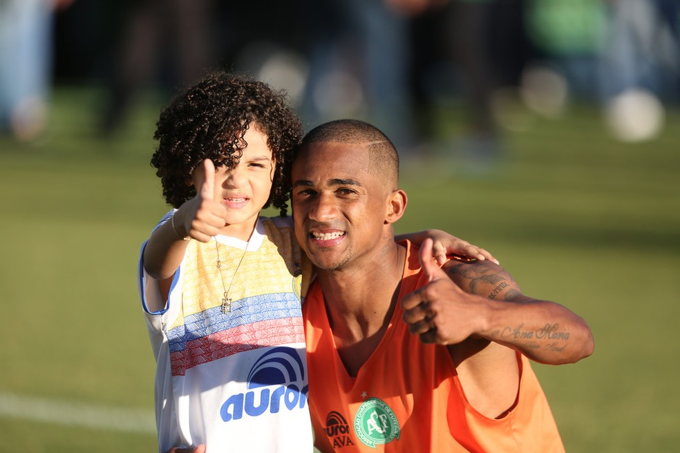 Eduardo desabafou no fim do jogo — Foto: Sirli Freitas/Chapecoense