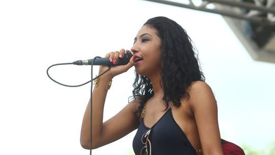 Adna Souza conta para quem torce na sequência do 'The Voice Brasil'