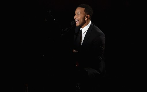 Performance de John Legend e Common 'Glory'