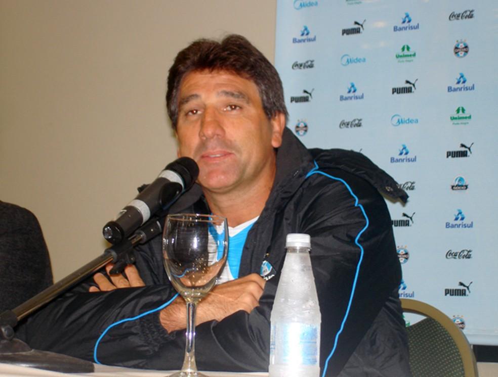 Renato Gaúcho, em 2010, na sua primeira passagem pelo Grêmio — Foto: Richard Souza / GloboEsporte.com