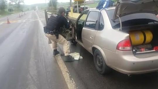 Polícia apreende 12 kg de cocaína dentro de carro em União dos Palmares, AL