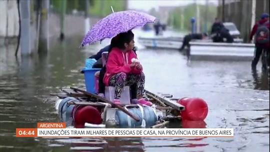 Inundações tiram milhares de pessoas de casa em Buenos Aires, na Argentina