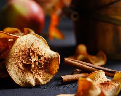 Receita: chips de maçã com canela