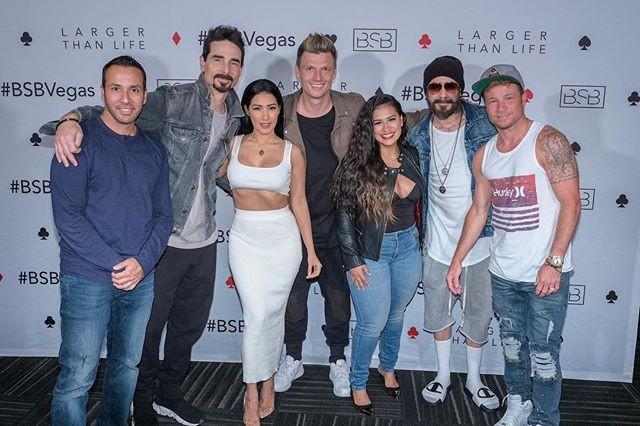 Simone e Simaria com os Backstreet Boys (Foto: Reprodução)