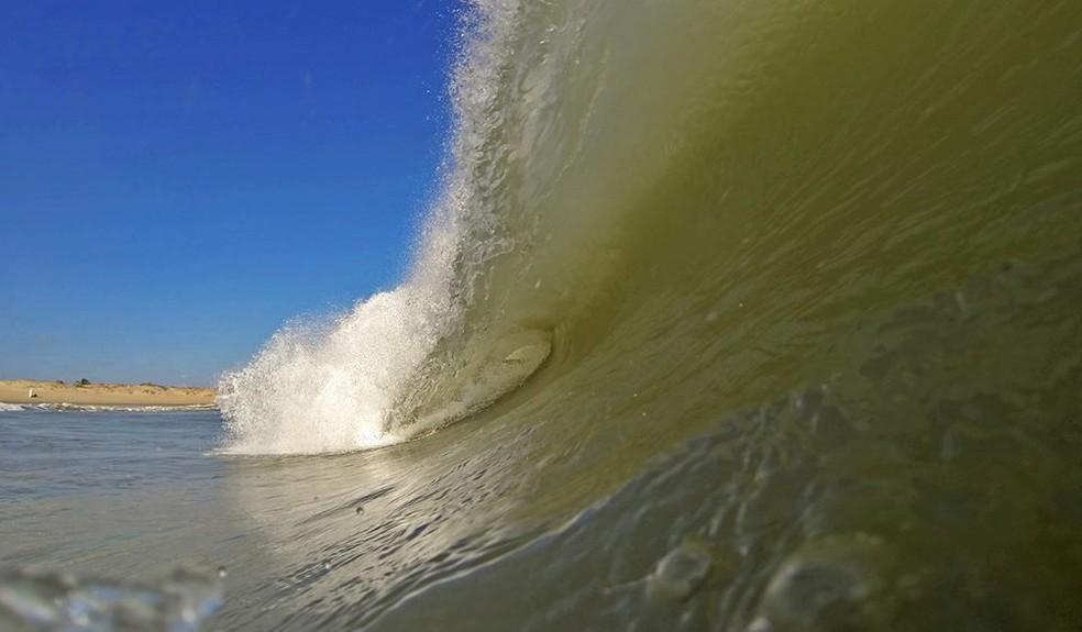 Litoral potiguar terá ondas de até 4 metros (Foto: Eros Sena)