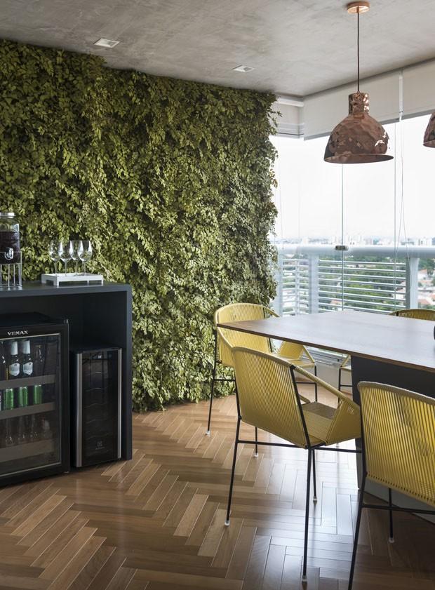 Apartamento de 90 m² com decoração jovem em estilo industrial (Foto: Salvador Cordaro)