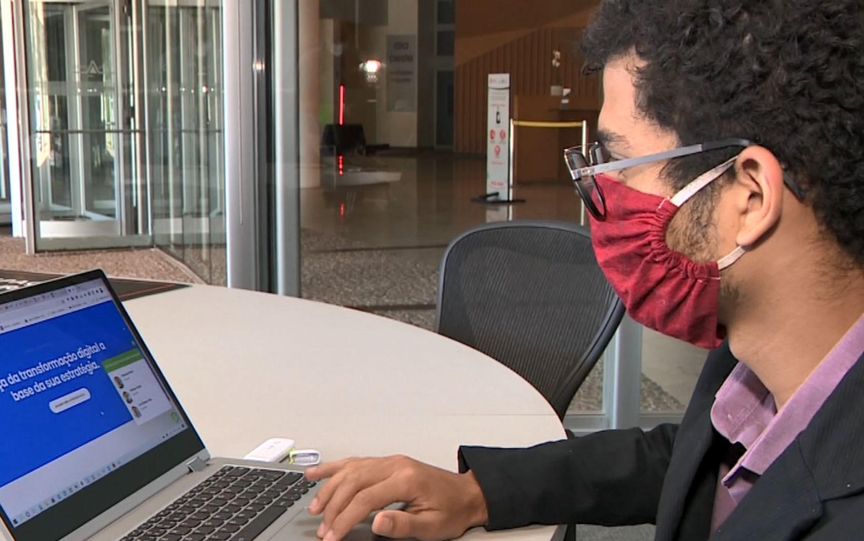 Empresa de Campinas oferece 25 vagas de emprego na área de tecnologia; veja cargos