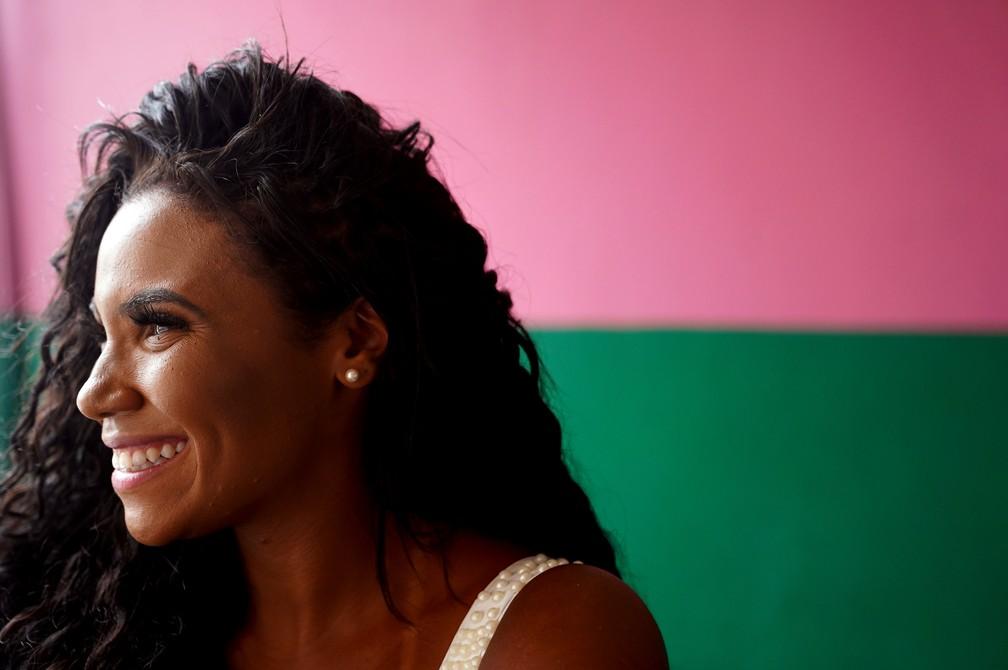 Evelyn Bastos desfila como rainha de bateria da Mangueira desde 2014 — Foto: Marcos Serra Lima/G1