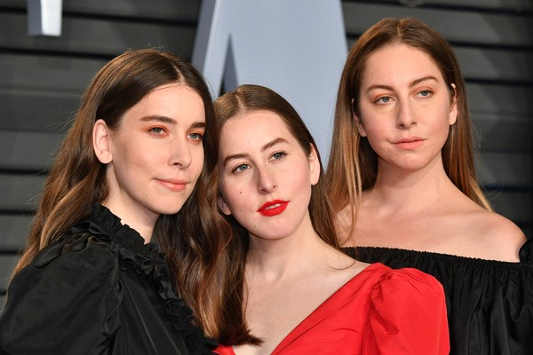 As três irmãs do grupo Haim (Foto: Getty Images)