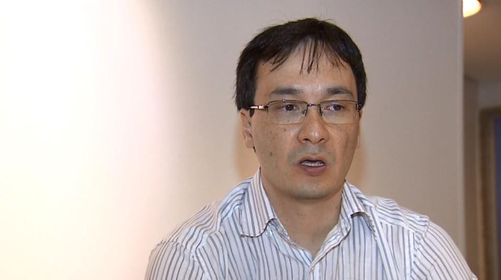 O economista Luciano Nakabashi, em Ribeirão Preto (SP) — Foto: Reprodução/EPTV