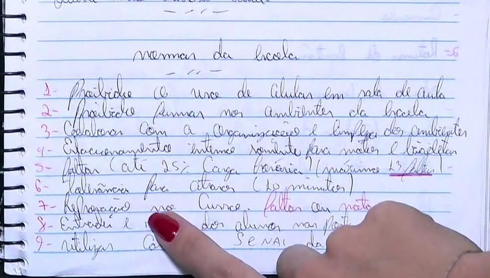 Caderno de assassino tinha regras de normas da escola de Suzano — Foto: Reprodução/GloboNews
