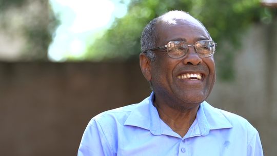 Mineiro aprendeu a falar sozinho sete idiomas e estuda mais dois