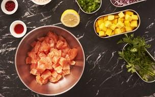 Como fazer ceviche de salmão com manga