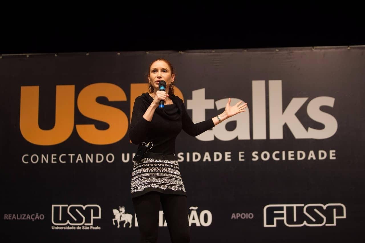 Natalia Pasternak durante palestra no evento USP Talks (Foto: Acervo pessoal)
