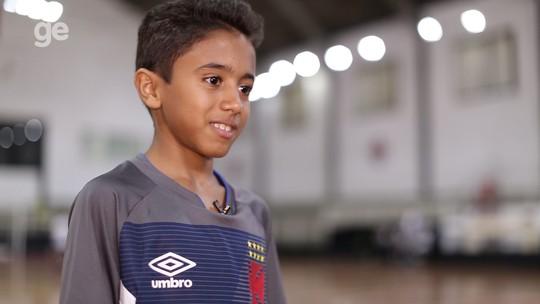 """Kauã, o pequeno líder da base do Vasco: """"Sou como o Anderson Silva"""""""