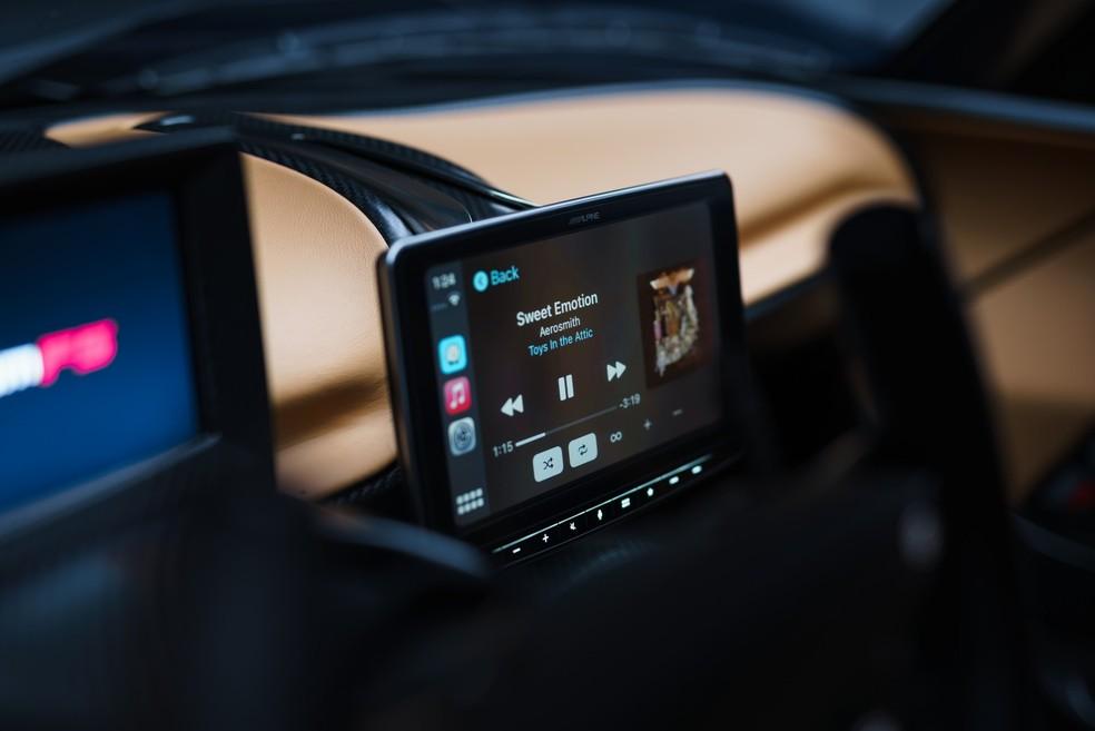 Venom F5 possui ar condicionado e Apple CarPlay e Android Auto — Foto: Divulgação