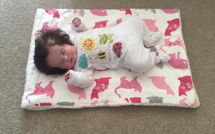 A cabeleira de Millie aos 4 meses de idade