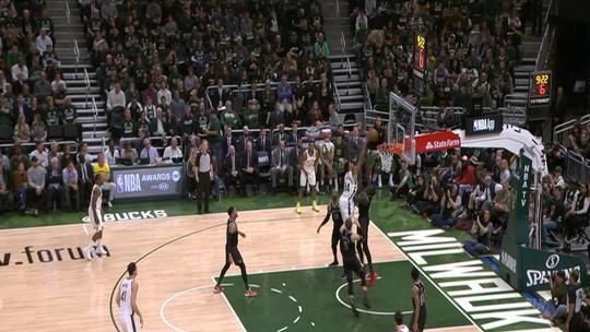 Melhores momentos: Detroit Pistons 99 x 120 Milwaukee Bucks pela NBA