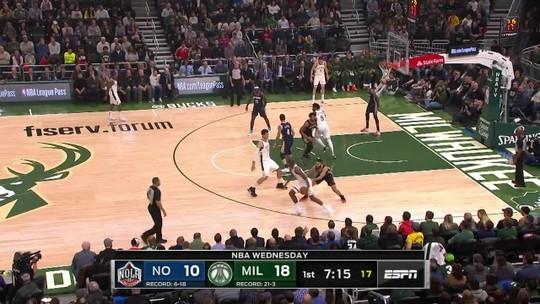 Mesmo sem Antetokounmpo, Bucks dominam Pelicans e emplacam 16ª vitória consecutiva