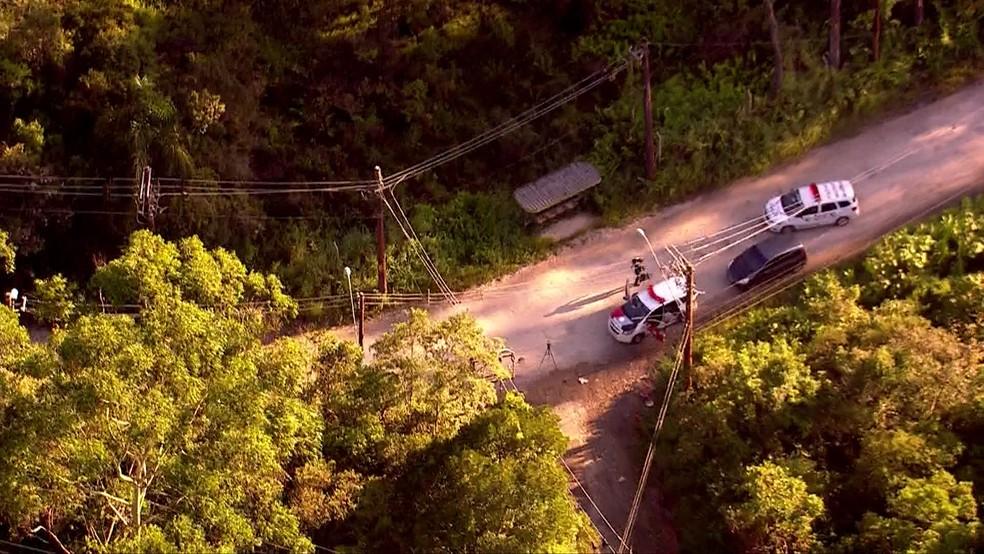 Polícia isolou área em São Bernardo do Campo — Foto: Reprodução/TV Globo