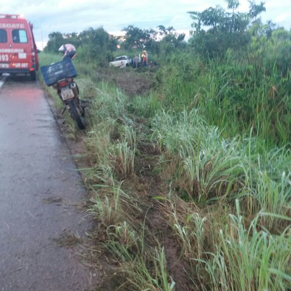 Acidente foi na área rural de Porto Velho, depois da ponte sobre o Rio Madeira, sentido Humaitá (Foto: Divulgação/PRF)