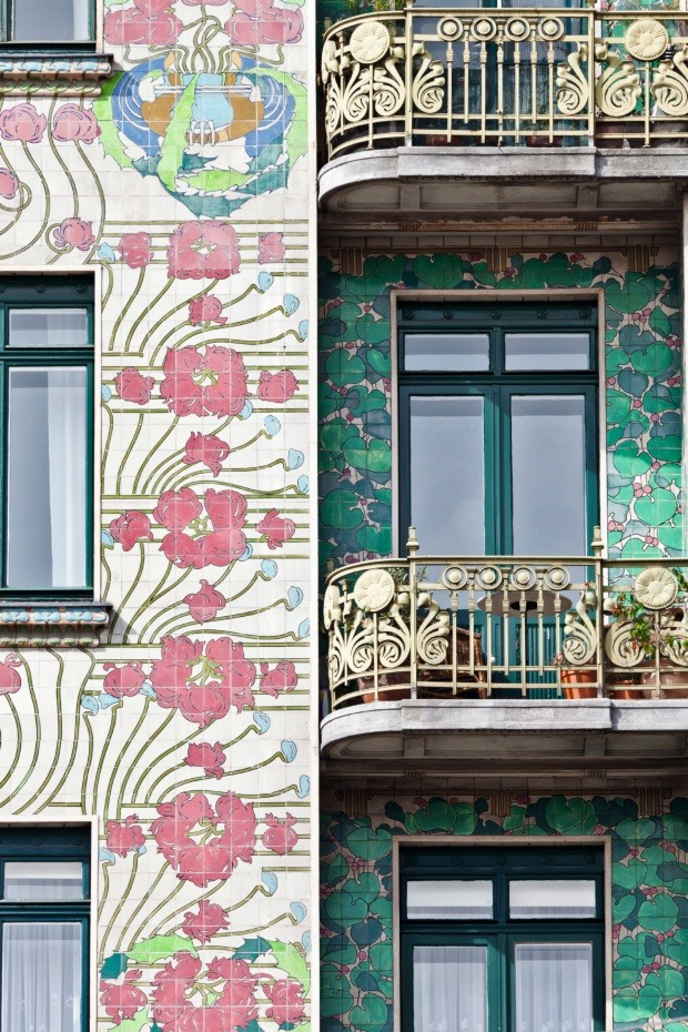 Jugendstil facade of Otto Wagner's Majolikahaus House at No. 40 Linke Wienzeile in Vienna. (Photo by: Loop Images/UIG via Getty Images) (Foto: UIG via Getty Images)