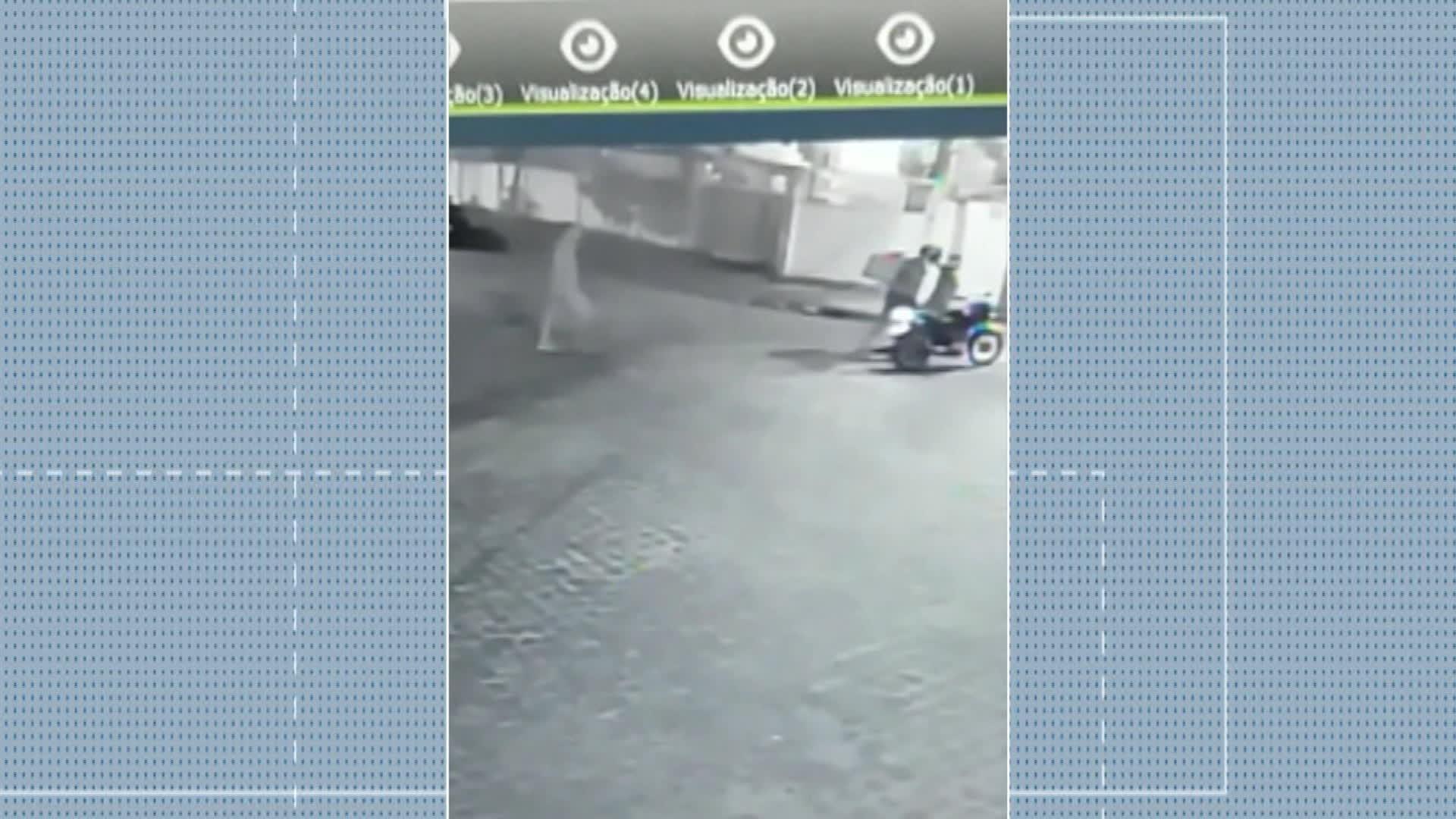 Vídeo mostra entregador de comida sendo assaltado em Casa Amarela, na Zona Norte do Recife