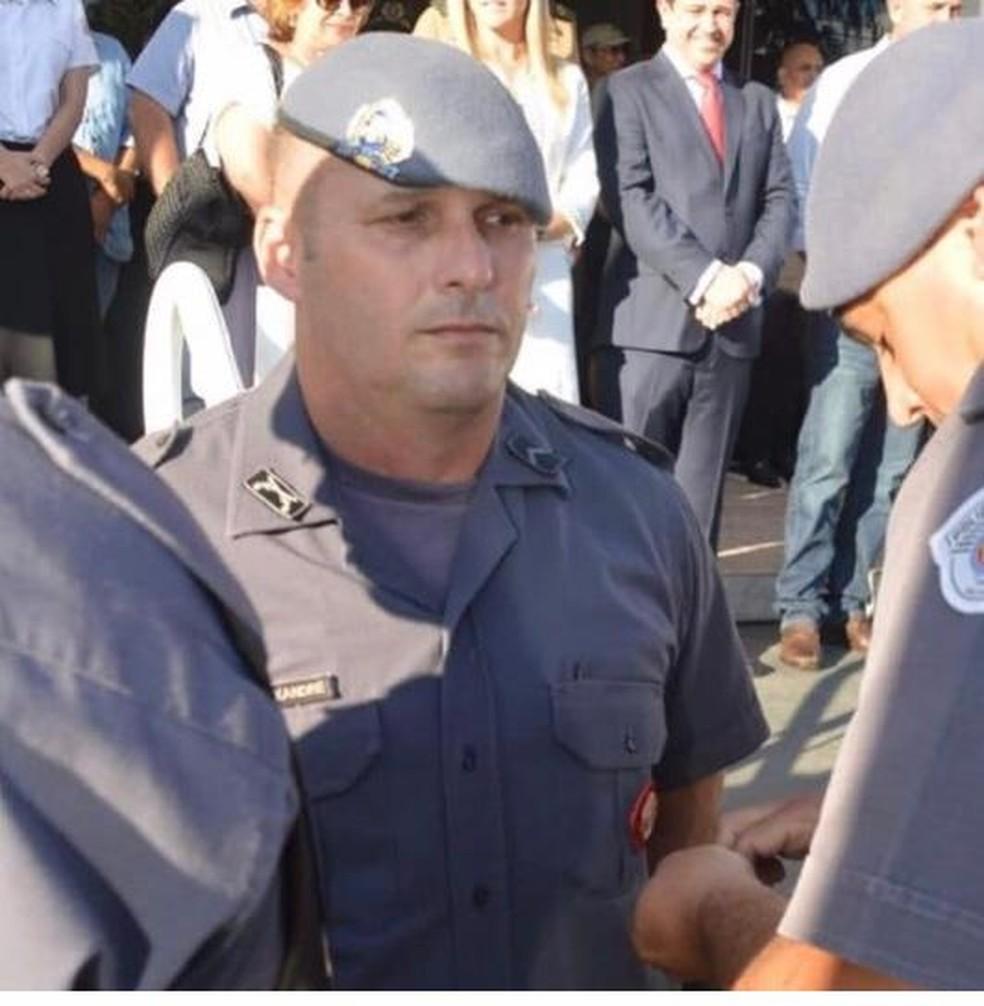 Policial militar Alexandre Luís Batista, que morreu após cair do Helicóptero Águia, foi enterrado em Paraguaçu Paulista — Foto: Arquivo Pessoal