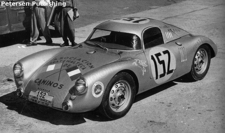 Porsche 550 Coupe primeiro lugar na categoria até 1.6 com Carlos A. Gonzalez e José Sala Herrarte Ariano da Guatemala na Carrera Panamericana de 1953 (Foto: Divulgação/Petersen Publishing Photo Archive)