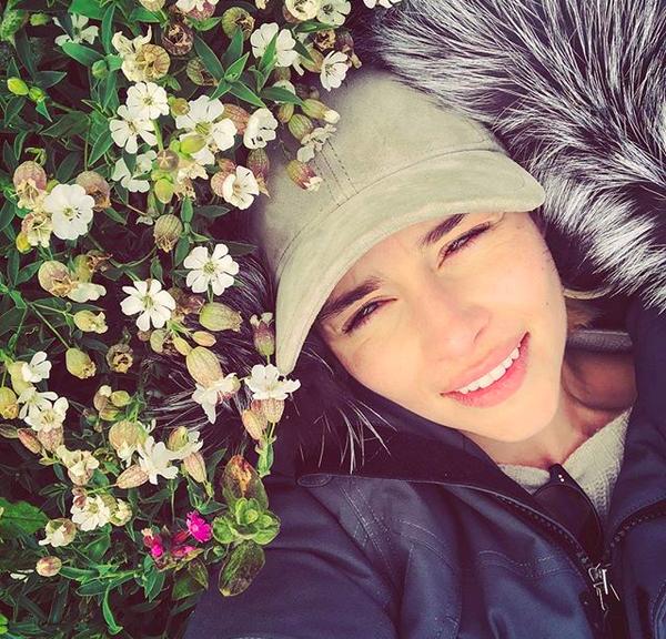 A foto compartilhada por Emilia Clarke junto com sua mensagem de despedida de Game of Thrones (Foto: Instagram)