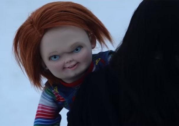 """""""Cult of Chucky"""" traz o brinquedo assassino ainda mais assustador (Foto: Reprodução/Youtube)"""