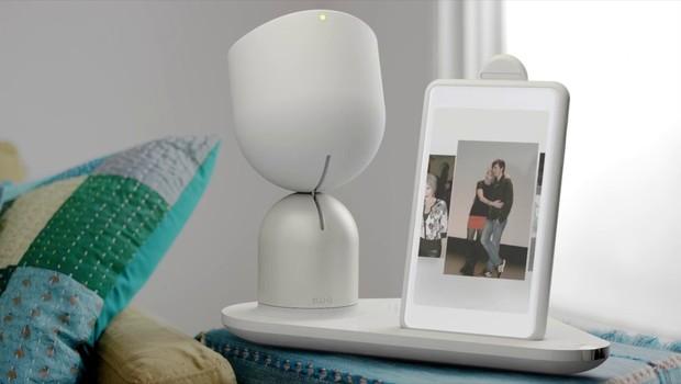 Elli-Q, robôzinho criado para ajudar na solidão de idosos (Foto: Divulgação )