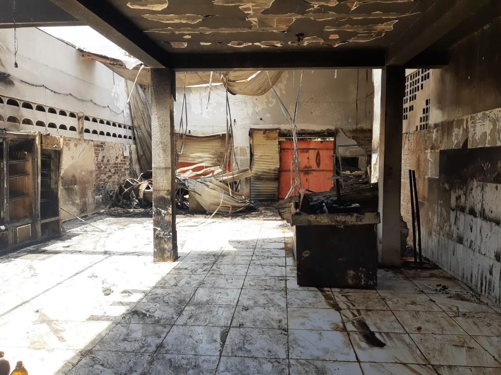Incêndio destruiu mercadinho em São Gonçalo do Amarante — Foto: Lucas Cortez/Inter TV Cabugi