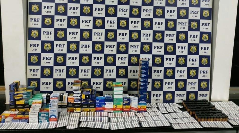 Mais de 3 mil comprimidos foram apreendidos em farmácia, no município de São Desidério — Foto: Divulgação/ PRF