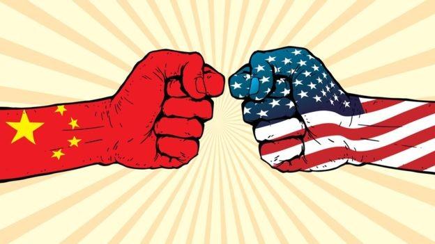 As tensões entre a China e os EUA em relação ao comércio vêm aumentando (Foto: Getty Images via BBC News Brasil)