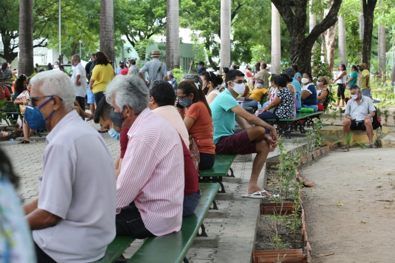 Expectativa de vida no Ceará deve cair 2,1 anos por causa da Covid-19, aponta estudo