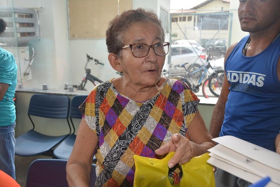 Idosa reclamou da demora na Centra de Marcação de Consultas (Foto: Ministério Público do Maranhão)