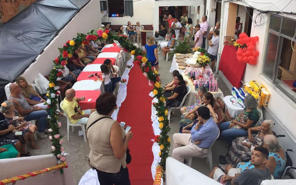 Casal de idosos se casa após se conhecer em casa de repouso (Foto: Nicolás Satriano/G1)
