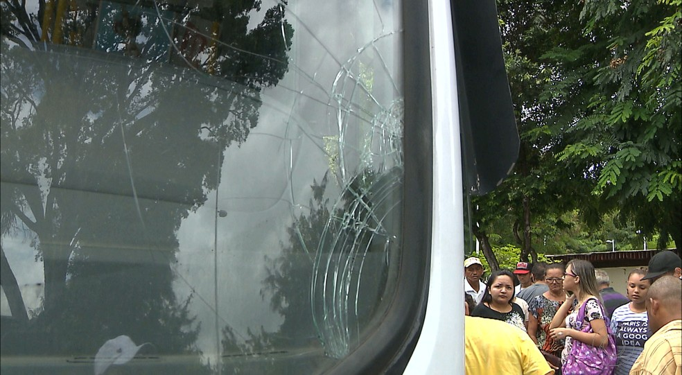 Ônibus atropelou estudante no Centro de João Pessoa (Foto: Reprodução/TV Cabo Branco)