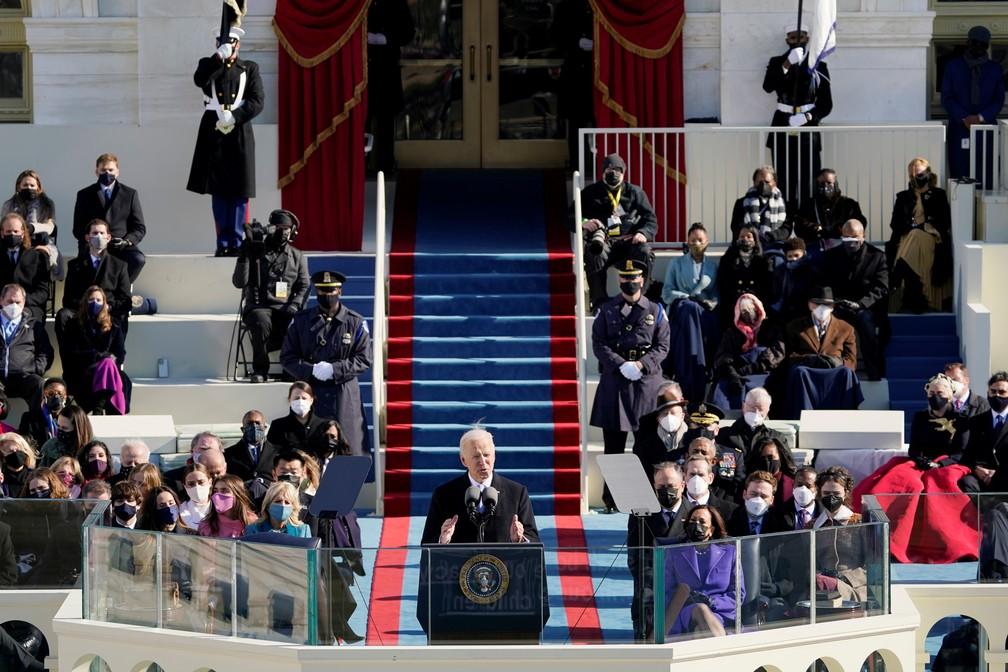Joe Biden toma posse como presidente dos EUA — Foto: Reuters/Pool