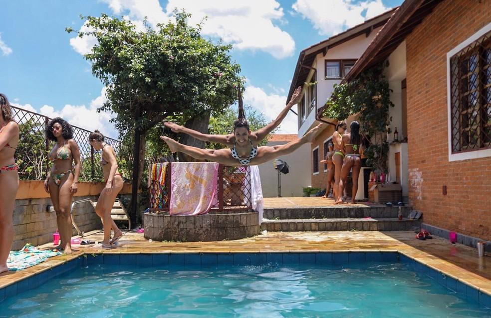 As meninas se divertem no sábado de sol — Foto: Eder Ortega/Divulgação