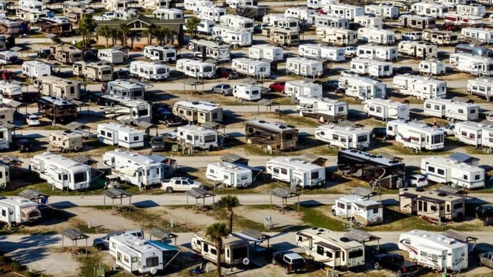 Nos Estados do meio-oeste e oeste dos Estados Unidos, existem grandes extensões de terrenos públicos — Foto: Getty Images via BBC