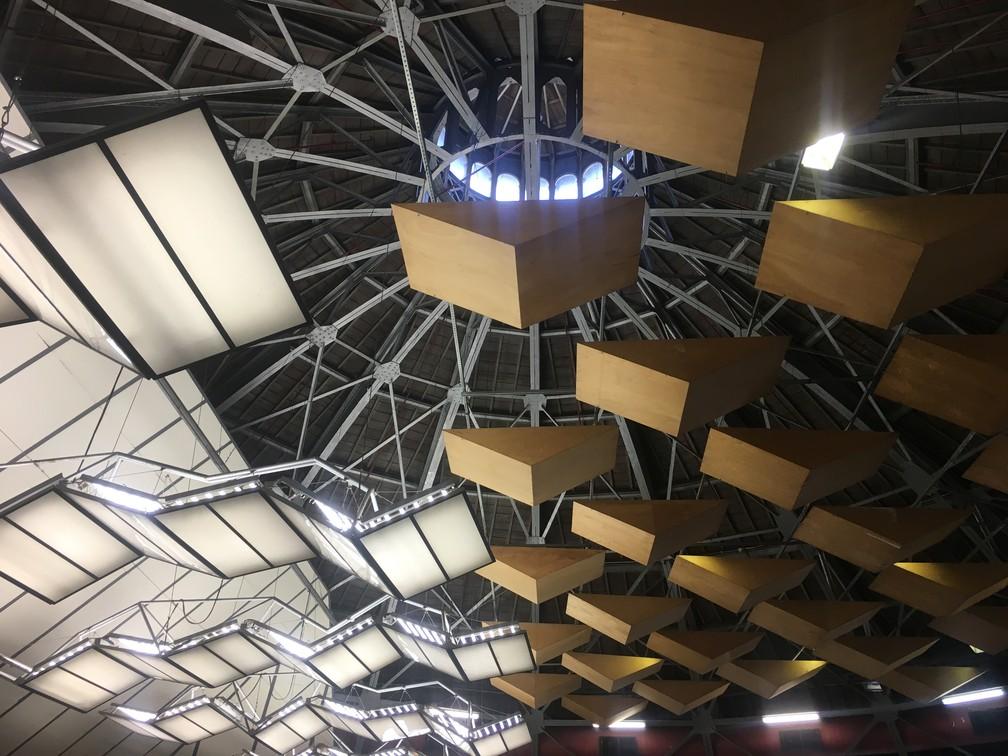1c5fc31da6 ... Teto da cúpula do Theatro Municipal onde acontecem ensaios de  orquestras e óperas — Foto