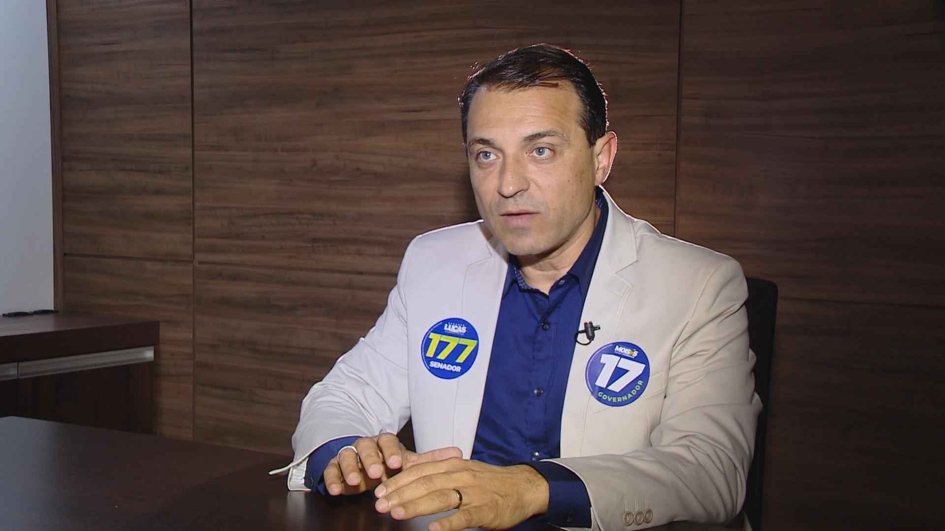 Candidato ao governo de SC Comandante Moisés (PSL) responde perguntas do G1