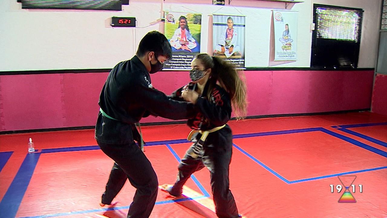 Família de Pindamonhangaba ganha medalhas em campeonato de jui jitsu