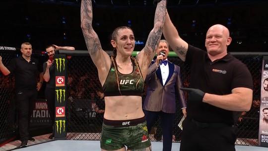 Melhores momentos de Megan Anderson x Zarah Fairn dos Santos no UFC 243